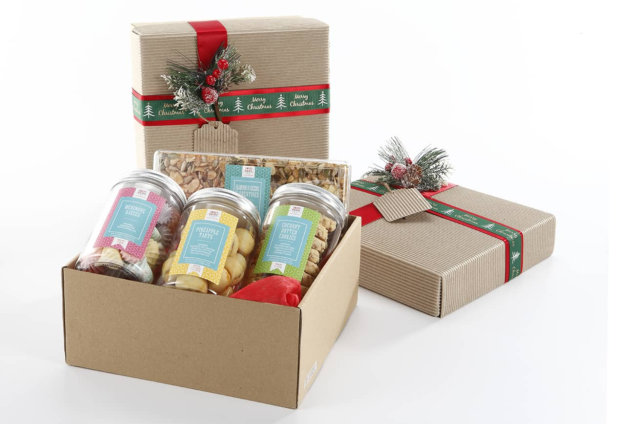 Customize your cookies tin or gourmet gift box with Sweet Palate